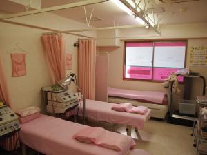 ピンクを基調としたあかるい雰囲気です。